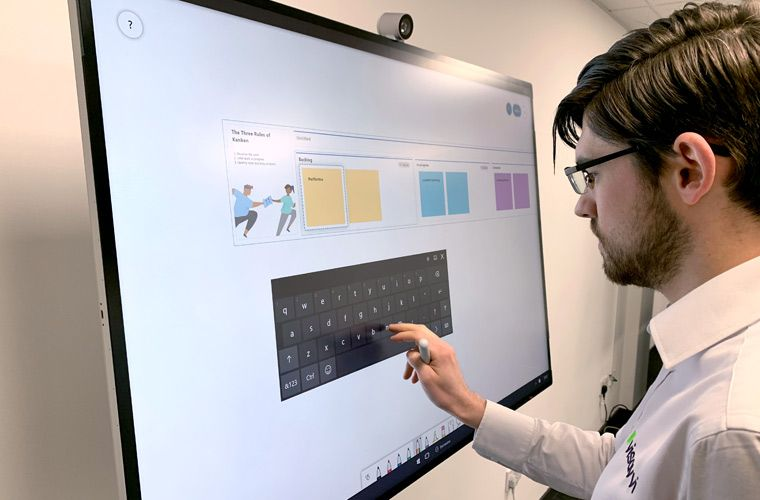 Unified Communications, Surface Hub